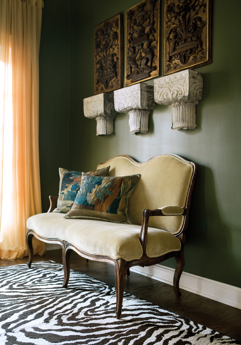 Show Living Rooms Already Decorated: Splendid Sass: CATHEDRAL ANTIQUES SHOW'S INSPIRATION HOUSE