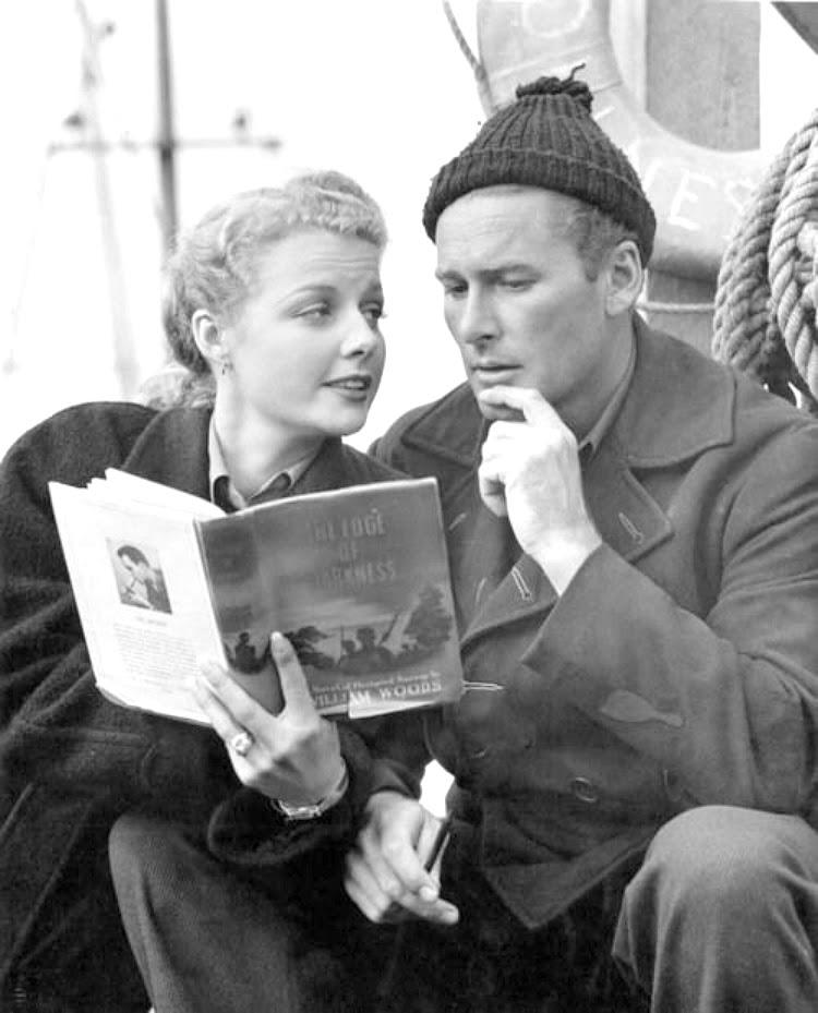A Vintage Nerd Vintage Blog Celebrity Readers Old Hollywood Stars Classic Film Blog Errol Flynn