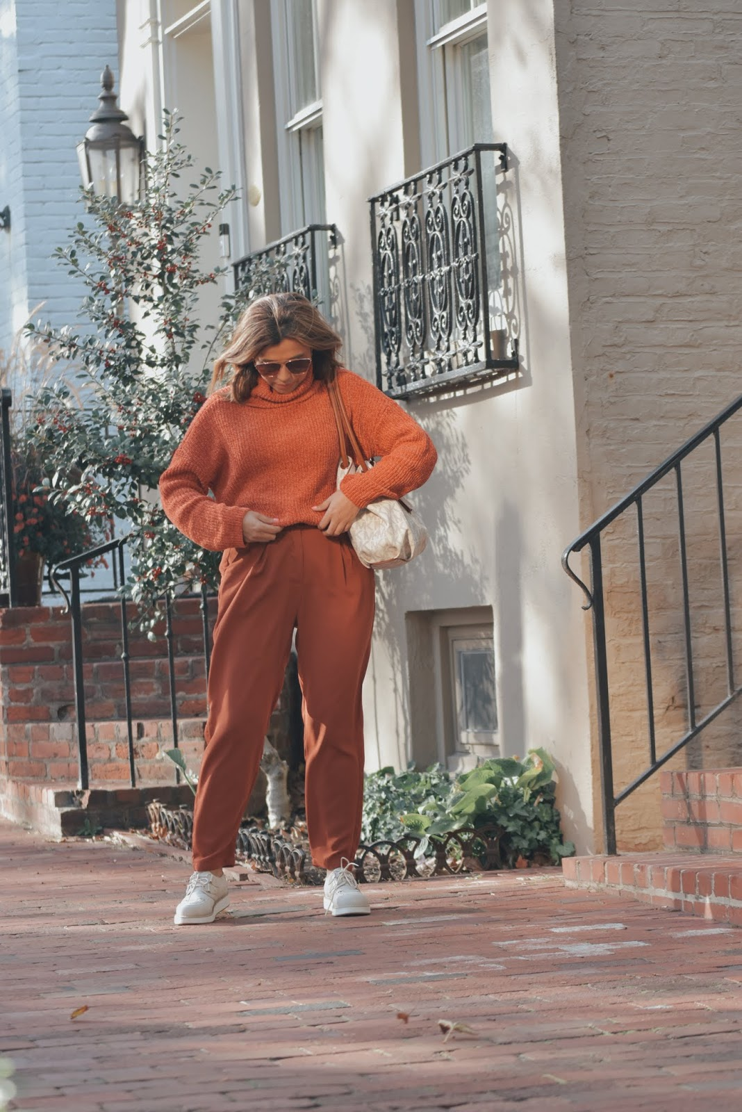 Rust Turtleneck Velvet Cable Knit Pullover Sweater-MariEstilo-DCBlogger-Youtuber de moda-fashionblog
