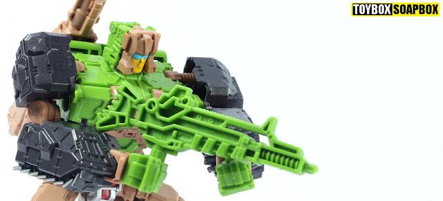 transformers headmaster hardhead