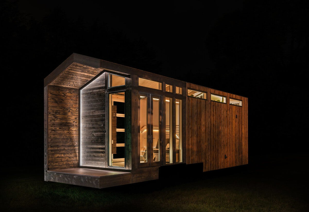 01-Front-Entrance-New-Frontier-TH-Architecture-The-Orchid-Tiny-House-www-designstack-co