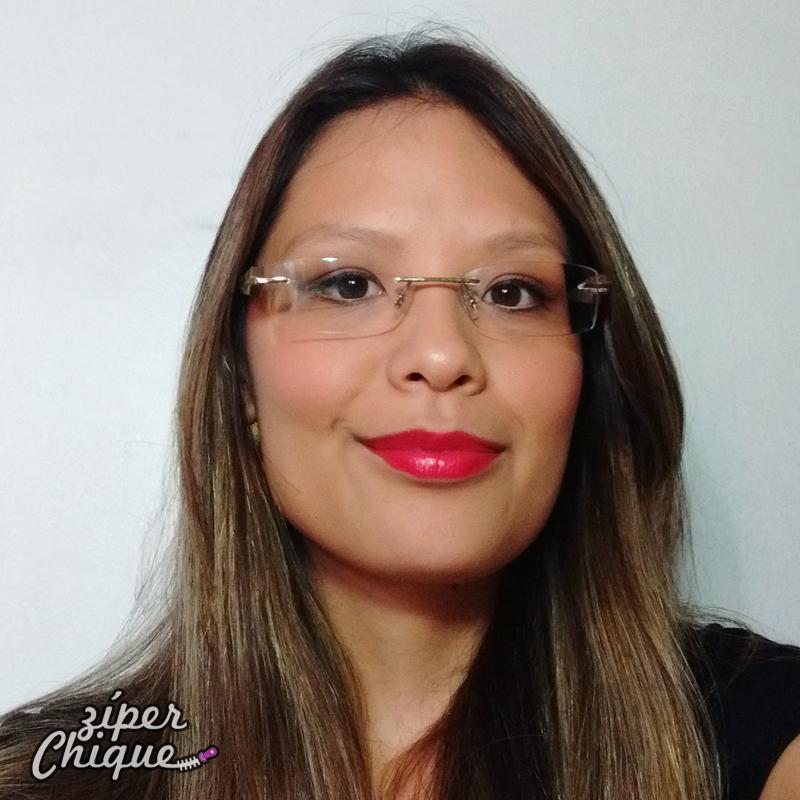 5d78a45aa1b51 Óculos de 2012 da Ana Hickmann (imagem acervo pessoal)