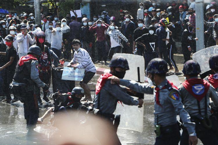 Jumlah Korban Jiwa Kudeta Myanmar Terus Berguguran, Sikap Para Wakil Rakyat di Kawasan ASEAN Disorot Dunia