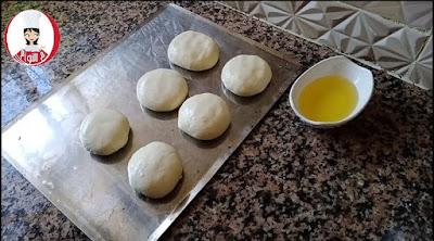 خبز طاكوس بعجين المسمن