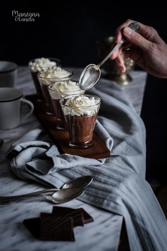 Mousse de chocolate negro. La receta de mi madre.