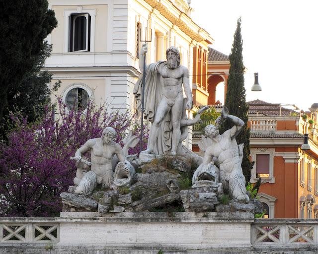 Fontana del Nettuno (Neptune Fountain) by Giuseppe Valadier (architect), Giovanni Ceccarini (sculptor), Piazza del Popolo, Rome