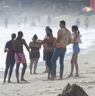 Kendall-Jenner-and-Blake-Griffin-Seen-at-beach-in-Malibu-15+%7E+SexyCelebs.in+Exclusive.jpg
