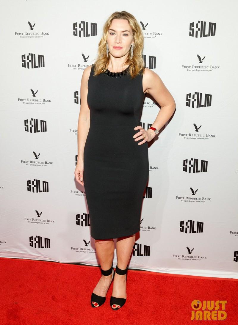 10 looks com vestido preto básico da Kate Winslet para inspirar