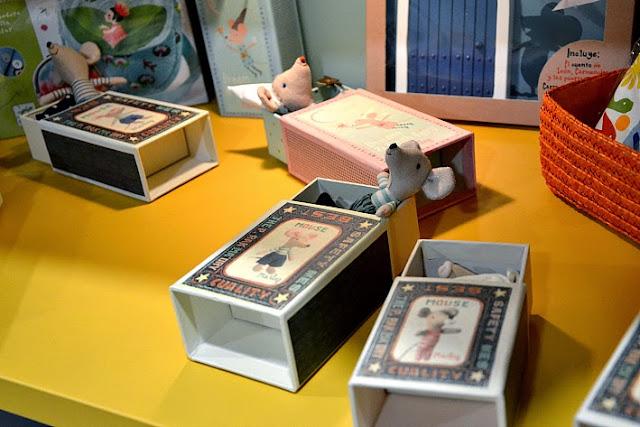 juguetes-ratones-cajas
