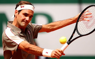 Roger Federer makes a great comeback after 4 yrs from Clay cour at Roland-Garros win over Lorenzo Sonego.