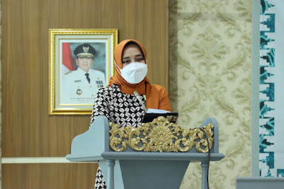 Ketua TP PKK Provinsi Lampung Buka Sosialisasi B2SA