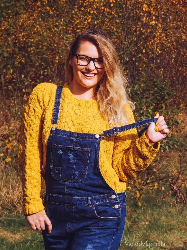 11 jeansowe długie ogrodniczki z czym nosić żółty sweter zakupy w primark ceny jakość daniel wellington opinie zegarki stylizacja minionek cosplay jeansowe buty łuków okulary zerówki blond fryzury
