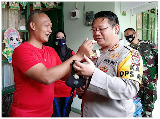 Peringati HUT TNI Ke-75, Kapolresta Mataram Berikan Suprise Kepada Dandim 1606/Lobar
