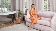 Hilary Duff nos dio un recorrido por su acogedora mansión en Los Ángeles