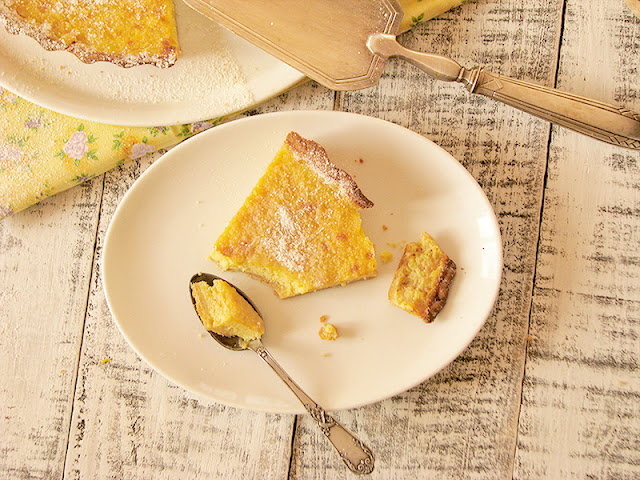 Tarte au citron bio et facile le carnet sur l'étagère