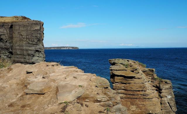 Владивосток, остров Русский, мыс Тобизина – утес