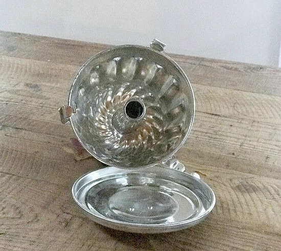 Repurposed Vintage Bakeware Pumpkin