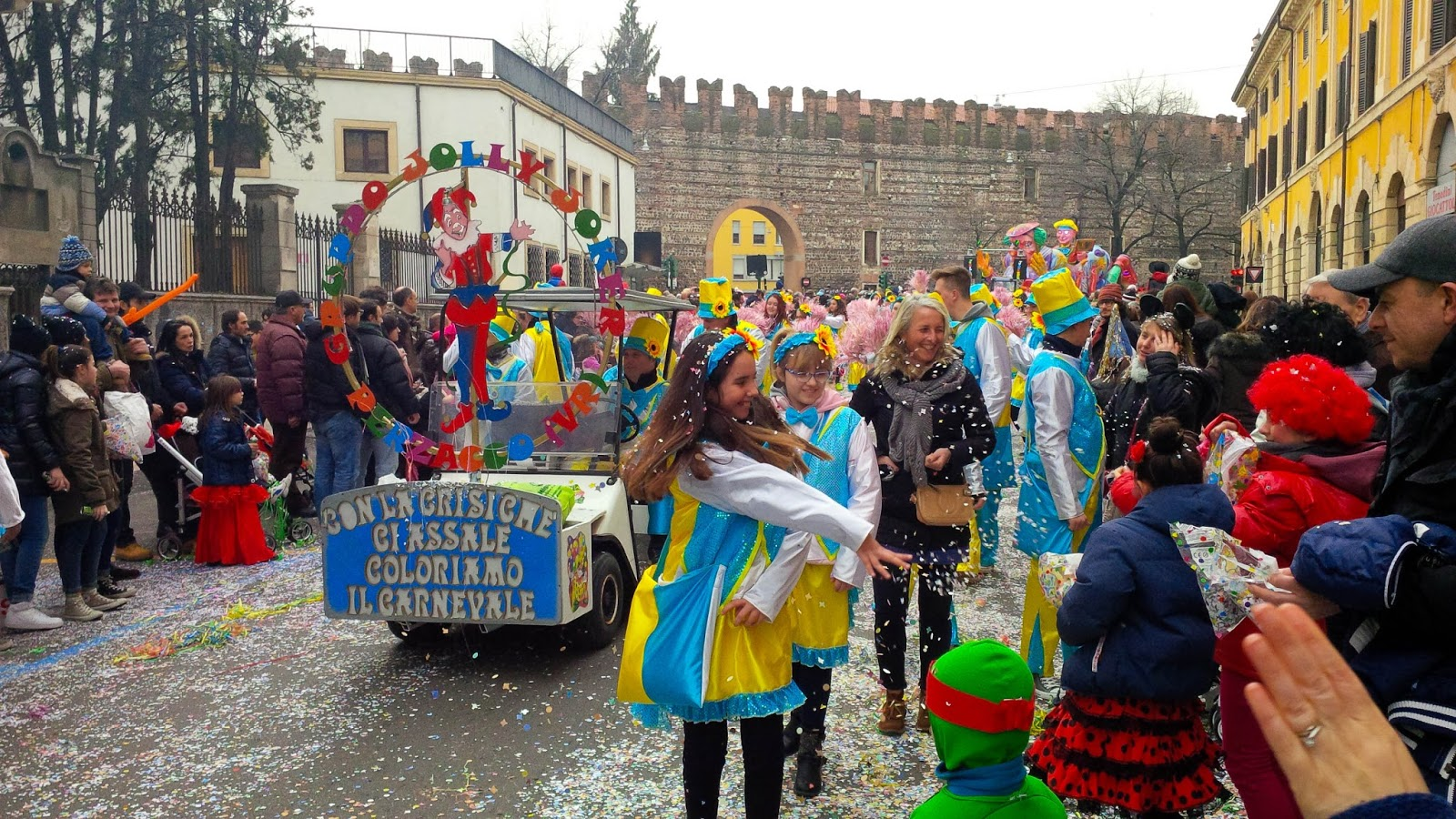 Throwing confetti - Verona Carnival