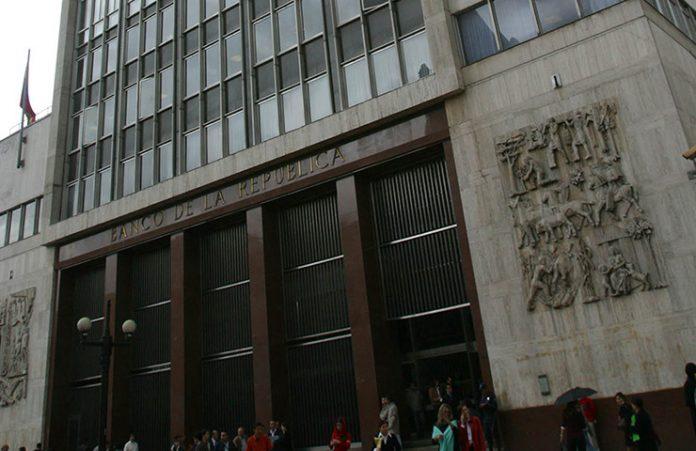 En el Banco de la República, millonarias excentricidades para altos funcionarios