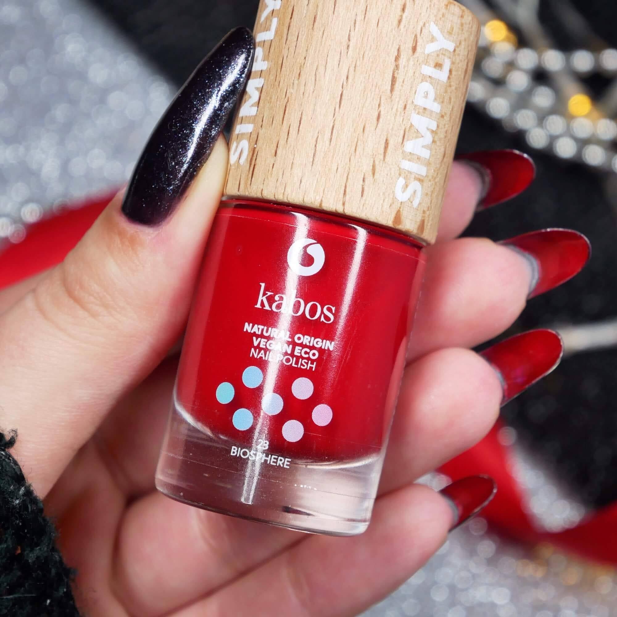 louboutin nails czerwone