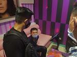 Detik-detik Suami Gorok Leher Selingkuhan Istri di Lokasi Karaoke Keluarga Prabumulih
