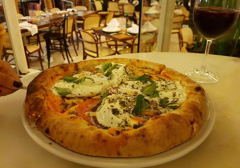 Melhor pizza de Belo Horizonte : 68 La Pizzeria