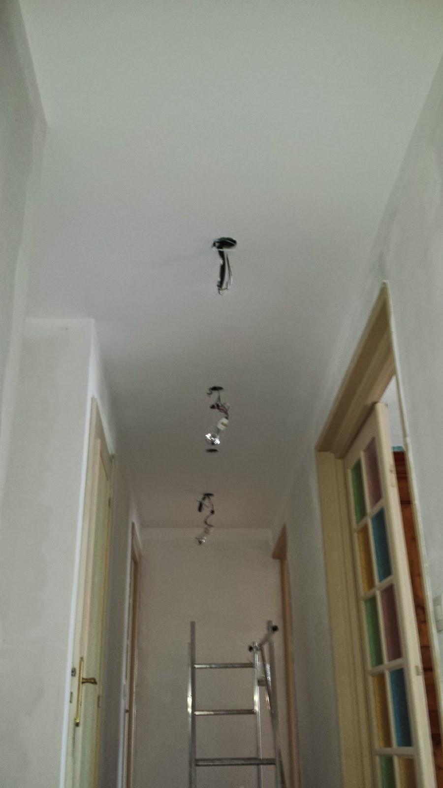Couloir faux plafond partie 7 travaux bricolage for Poncer un plafond