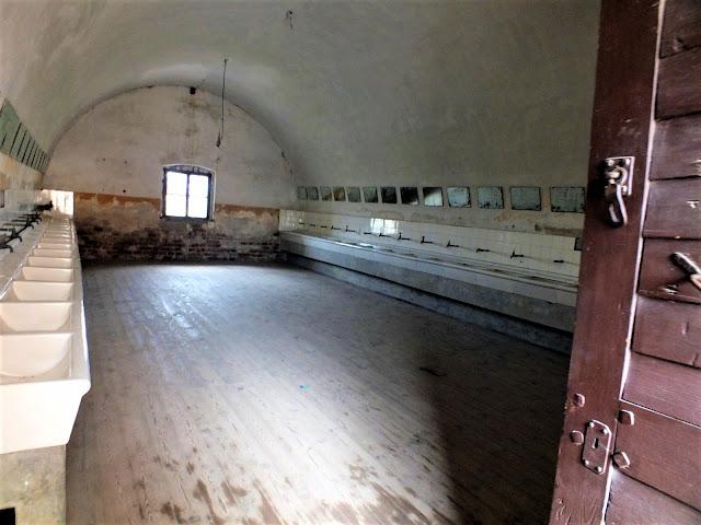 visitar el campo de concentración de Terezin