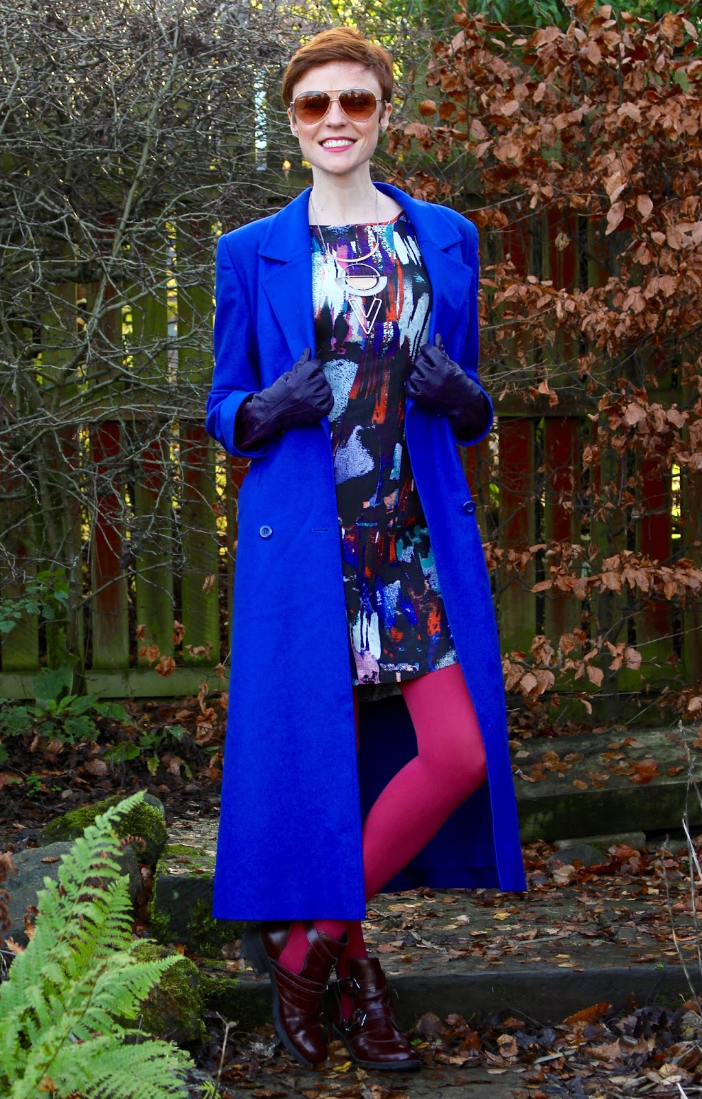 Wearing bright colours | Cobalt and pink | Fake fabulous