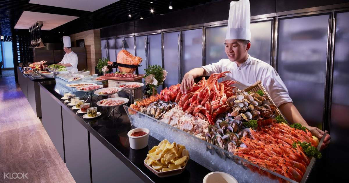 Unforgettable Staycation With Delicious Cuisine in Mandarin Orchard
