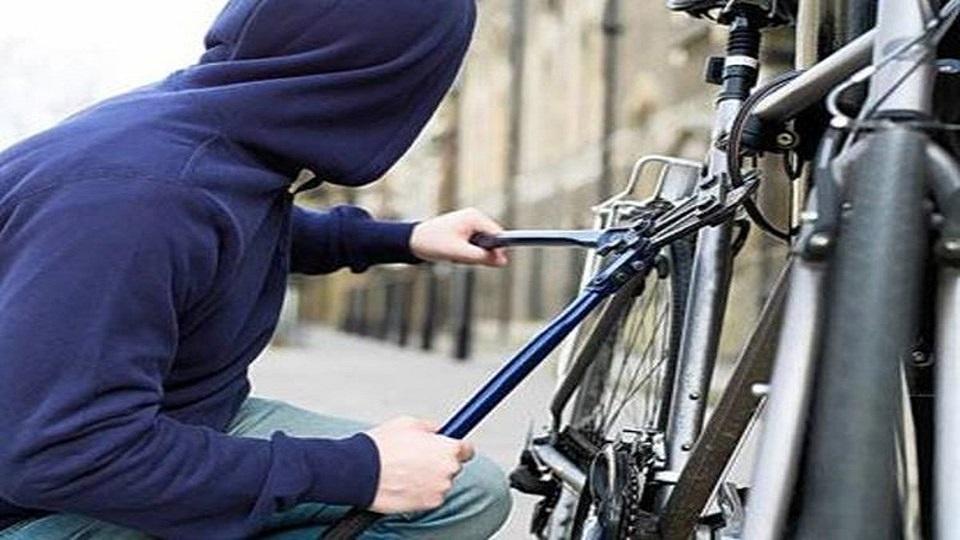 Δύο συλλήψεις για κλοπή ποδηλάτου στη Λάρισα