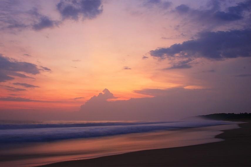 Image result for pantai pangumbahan sukabumi