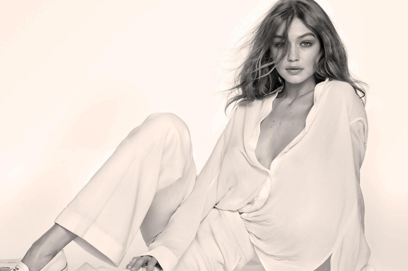 Gigi Hadid Super Hot HD Wallpaper Full