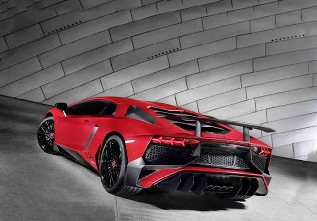 2019 Lamborghini Aventador LP 750-4 Roadster
