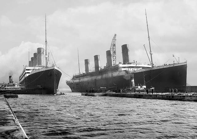 Navios Olympic e Titanic