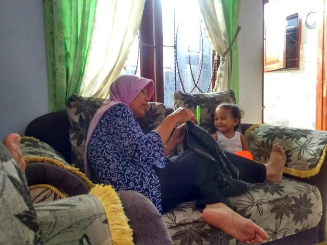 shanum di rumah