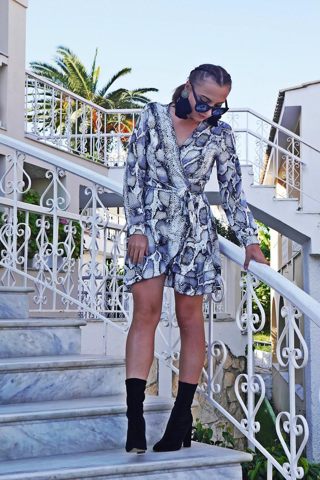 4_gray_printed_leo_snake_dress_socks_boots_black_karyn_blog_modowy_171018