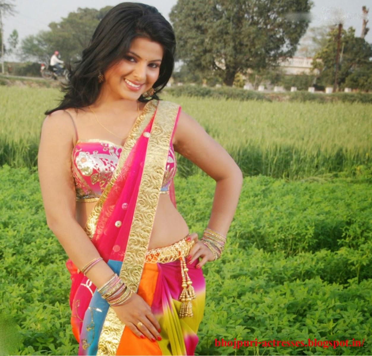 Bhojpuri World  Bhojpuri Film Actress Wallpaper Hot Bhojpuri Film Actress Smriti Sinha Image -8475