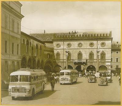 Foto d'epoca piazza del Popolo di Ravenna