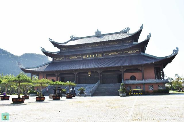 Bai Dinh Pagoda, Ninh Binh