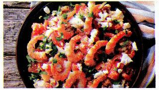salat-s-krevetkami-tvorogom-i-pomidorami