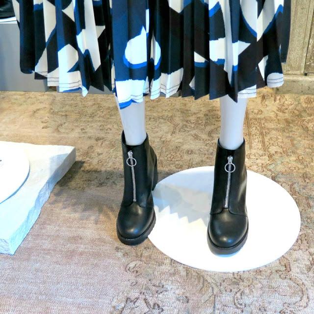 חצאית ומגפונים מקולקציית הסטודיו הסתוית של H&M לשנת 2017