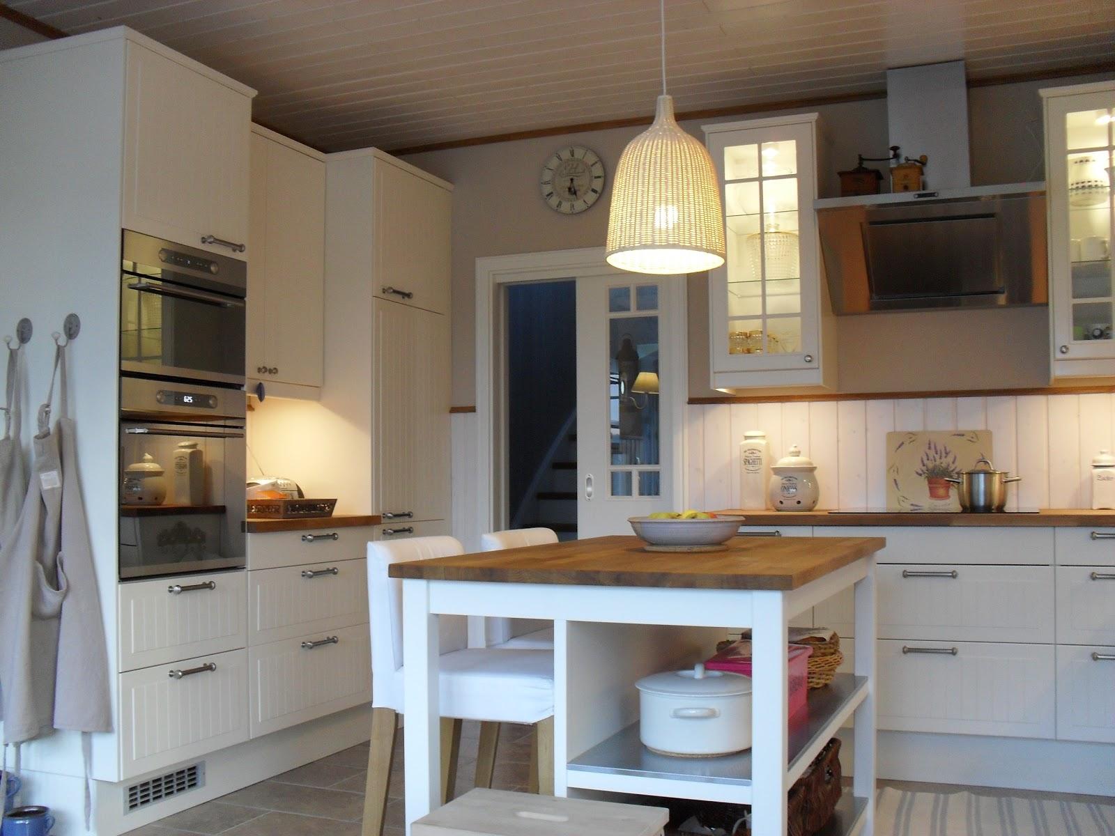 sitzecke ikea raum und m beldesign inspiration. Black Bedroom Furniture Sets. Home Design Ideas