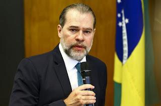 http://vnoticia.com.br/noticia/4470-presidente-do-stf-fala-em-retorno-gradual-de-trabalhadores
