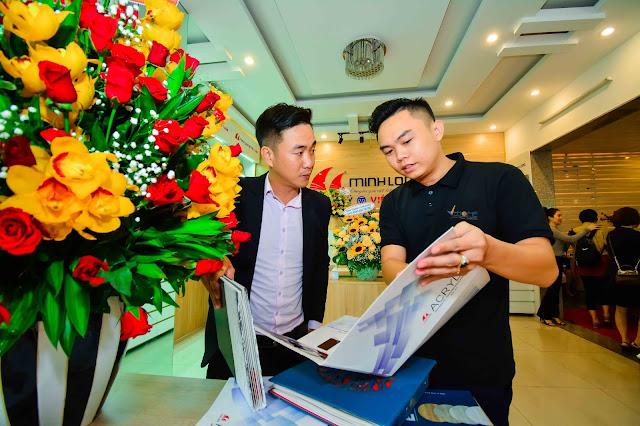 Khai trương showroom Việt Tuấn - Đại lý gỗ Minh Long tại Đà Nẵng