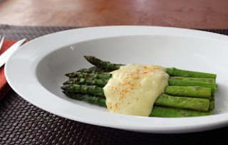 Easy One-Bowl, One-Step Hollandaise