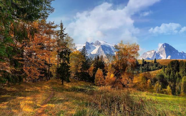 23 Vacation Landscape Wallpapers ultra HD 5K 8K for Desktop Computer