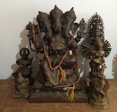 様々なインド神様の写真