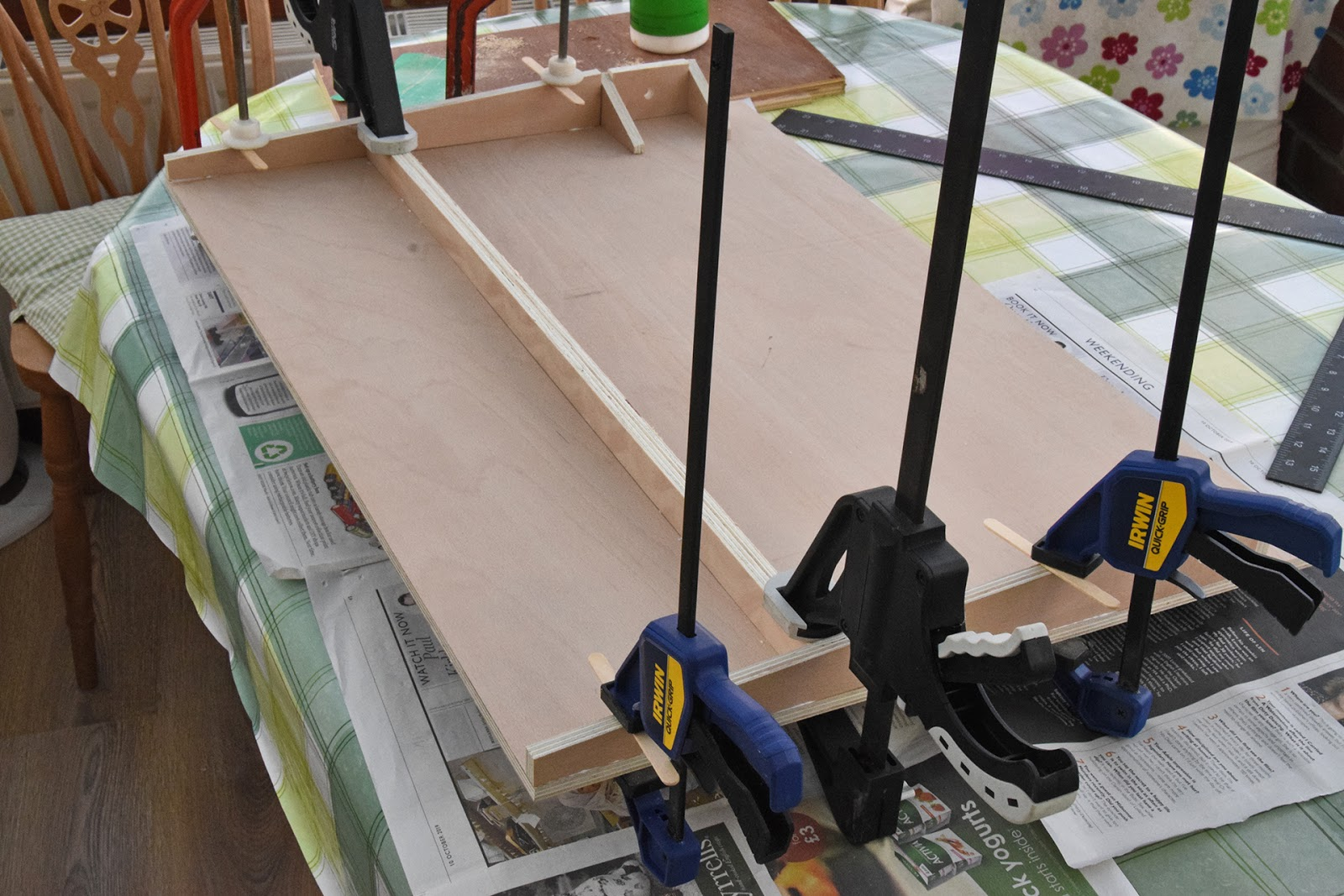 Work+surface+-+gluing+supports+%25283%2529.jpg