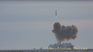 Ujicoba Rudal Peluncur Avangard Rusia
